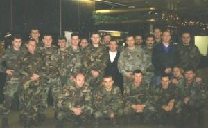 p. Ante s vojnicima na duhovnim vježbama (2000.)