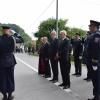 Slika (biskup, ministri, naYelnici pred vjencima)